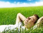 """تعرف السعادة """"آه"""" عشتها """"لأه"""" يبقى لسه ما تعرفهاش.. 10 طرق تجعلك سعيدا كل ليلة قبل النوم.. اسمع اللى تحبه.. افتكر أشخاصا يعطونك طاقة إيجابية.. عيش هدفك فى الخيال وأخيرا تمارين اليوجا.. """"دى الحياة حلوة"""