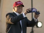 """بالصور..مرشح الرئاسة الأمريكية """"ترامب""""يواصل دعايته الانتخابية بأوكلاهوما"""