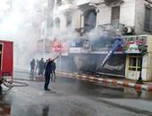 إخماد حريق بمحل تجارى فى قنا.. وشهود عيان: انفجار قنبلتين وراء الحريق