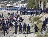 بالصور.. الشرطة الإيطالية تطارد المهاجرين على حدودها مع فرنسا