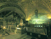 سبت النور.. تعرف على طقوس ظهور النور المقدس من قبر المسيح