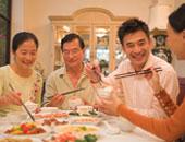 """اليابان تقدم شققا للمتزوجين لمكافحة """"طلاق فيروس كورونا"""" بسبب العزل المنزلى"""