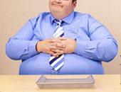 """دراسة بريطانية : 4% فقط من الرجال راضون عن شكل أجسامهم والباقى """"زعلانين"""""""