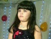 """والدة """"زينة"""" تطالب بالتحقيق مع دار الأيتام التى كرمت والدة قاتل ابنتها"""