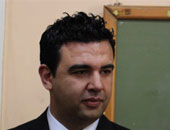 """""""التعليم"""" تشيد باعتراف عصام حجى بخطئه حول نشره معلومات حذف اسمه من المناهج"""