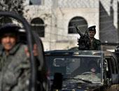 الأمن اليمنى يمنع المتظاهرين من نصب الخيام أمام مجلس الوزراء