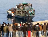 السلطات الليبية ترحل 69 مهاجرًا مصريا بمدينة الجبل الأخضر