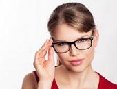 تعرف على أسباب ارتداء النظارة الطبية بعد إجراء عملية تصحيح إبصار