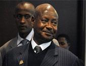 رئيس أوغندا يؤكد ضرورة الاهتمام بالتصنيع لتخفيف معاناة الأفارقة من الفقر