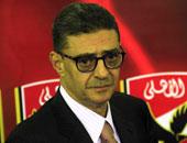محمود طاهر يعود من لندن 25 أبريل