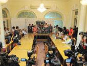 """شباب الأحزاب يعترضون على مشاركة """"مجندة مصرية"""" فى تدشين برلمانهم"""