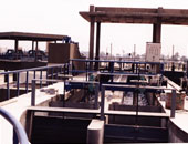 أهالى 6 أكتوبر بشمال سيناء يشكون تضررهم من قرار إنشاء محطة صرف وسط مساكنهم