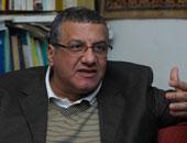 """أستاذ علوم سياسية: """"الجزيرة"""" تستفز المصريين.. و""""التجاهل"""" قمة اللعب السياسى"""