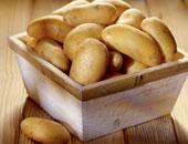 """تقرير أمريكى يُحذر: الأجزاء الخضراء بـ""""البطاطس"""" تعنى أنها سامة"""