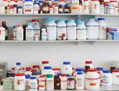 محمود رمضان يكتب : الدواء به دولار قاتل