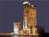 مصرع بحار أمريكى سقط من شرفة أحد الفنادق بالبحرين