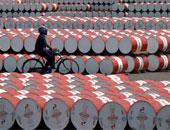 تقرير: مخزونات النفط الخام الأمريكية ترتفع بأقل من المتوقع
