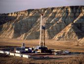 النفط يرتفع مع توقف إنتاج أمريكى بسبب عاصفة وانخفاض المخزونات