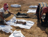 القوات العراقية تعثر على مقبرة جماعية تضم 50 جثة بالحويجة