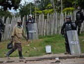 مقتل شخص وإصابة العشرات فى اشتباكات بين السائقين والشرطة بكولومبيا