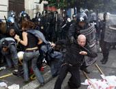 محتجون معارضون للحكومة الإيطالية يشتبكون مع الشرطة فى فلورنسا