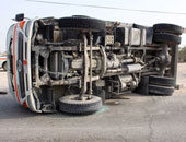 مصرع 3أشخاص وإصابة 11فى حادث انقلاب ميكروباص بمفارق بحر البقر ببورسعيد