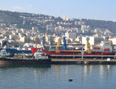 عمال مضربون يغلقون ميناءى حيفا وأسدود فى إسرائيل