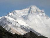 النيبالى شيربا يصل قمة ايفرست ويحطم الرقم القياسى ليسجل التسلق رقم 23