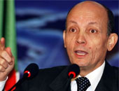 وزير النقل الجزائرى الأسبق يمثل أمام المحكمة العليا لاتهامه فى قضايا فساد