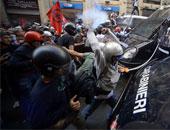 مواجهات غاضبة بين مهاجرين وسكان بلدة إيطالية بعد تفش لفيروس كورونا