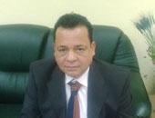 موظف معاق يرتدى جلبابا يتهم رئيس مدينة غارب بإهانته أمام زملائه