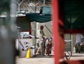 وصول معتقل سعودى إلى المملكة بعد إطلاق سراحه من جوانتانامو