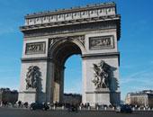 بعد التخريب.. افتتاح قوس النصر فى وسط العاصمة الفرنسية