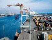 فتح بوغاز مينائى الإسكندرية والدخيلة بعد تحسن الأحوال الجومائية