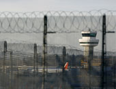 """الخطوط الجوية البريطانية تعتذر على """"فوضى مطار هيثرو"""" وإلغاء الرحلات"""