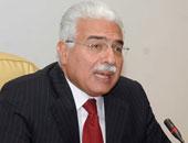 فصل أحمد نظيف من هيئة تدريس جامعة القاهرة بعد إدانته فى قضية كسب