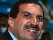 """نشطاء يعيدون نشر فيديو قديم لـ""""عمرو خالد"""" يقدم """"وجدى غنيم"""" لإلقاء محاضرة"""