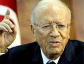 رئيس تونس يدعو المؤسسة الأمنية والعسكرية لليقظة فى الحرب على الإرهاب