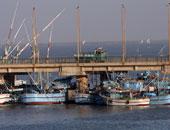 اليابان ترحل 6 صيادين كوريين شماليين إلى بلادهم بعد إنقاذ قاربهم