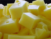 5 أغذية تخفض ضغط الدم.. الجبن وعصير الكريز والبنجر
