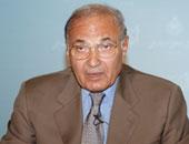 سعد الدين إبراهيم: أحمد شفيق يعود للقاهرة بعد رفع اسمه من قوائم الترقب بشهر