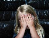 من التبول اللاإرادى للكوابيس.. 10 علامات على تعرض طفلك للتحرش
