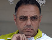 مدرب بتروجت السابق يطير إلى ليبيا لقيادة أهلى طرابلس
