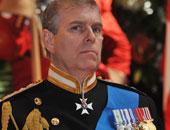 مسئولون ملكيون يدرسون موقف الأمير أندرو فى قضية ممارسة الجنس مع قاصر