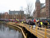 باحثون هولندا ينفقون ثلث وقتهم فى البحث عن تمويل لأبحاثهم