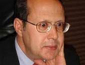 مد أجل الحكم فى معارضة عبد الحليم قنديل فى قضية سب رجل أعمال لجلسة 15 فبراير