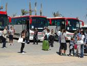 وصول 390 سائحا لمطار القاهرة ضمن 3 أفواج سياحية