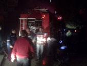 الدفع بـ 20 سيارة إطفاء للسيطرة على حريق السلاب بالأوتوستراد