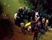 مصرع وإصابة 6 أشخاص فى سقوط سيارة من أعلى كوبرى دمنهور بترعة المحمودية