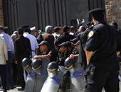 تشديدات أمنية قبل بدء إعادة محاكمة جمال وعلاء مبارك